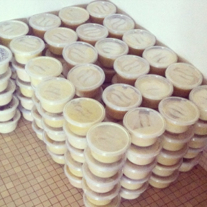 Tubs of karité for gift bags for women in prison.